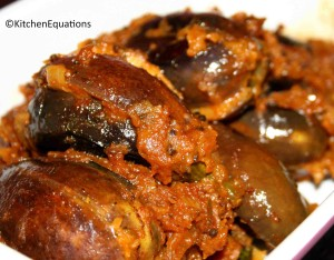 Gutti Vankaya Ullikaram (Onion stuffed Eggplants)
