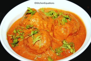 Restaurant-style Malai Kofta Curry (Cottage cheese dumplings dunked in rich creamy gravy)
